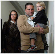 Chuck Knoblauch with his wife and kid