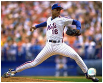 Dwight Gooden pitching for the Mets