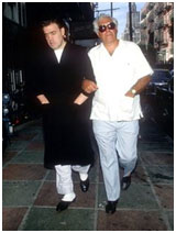 Vincent Gigante in a bathrobe walking the streets